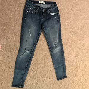 Maurice's Skinny Fit Size 27